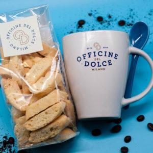 TAZZA COLAZIONE OFFICINE DEL DOLCE con biscotti